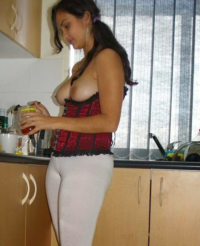 Beautiful College Babes Nude Videos 38