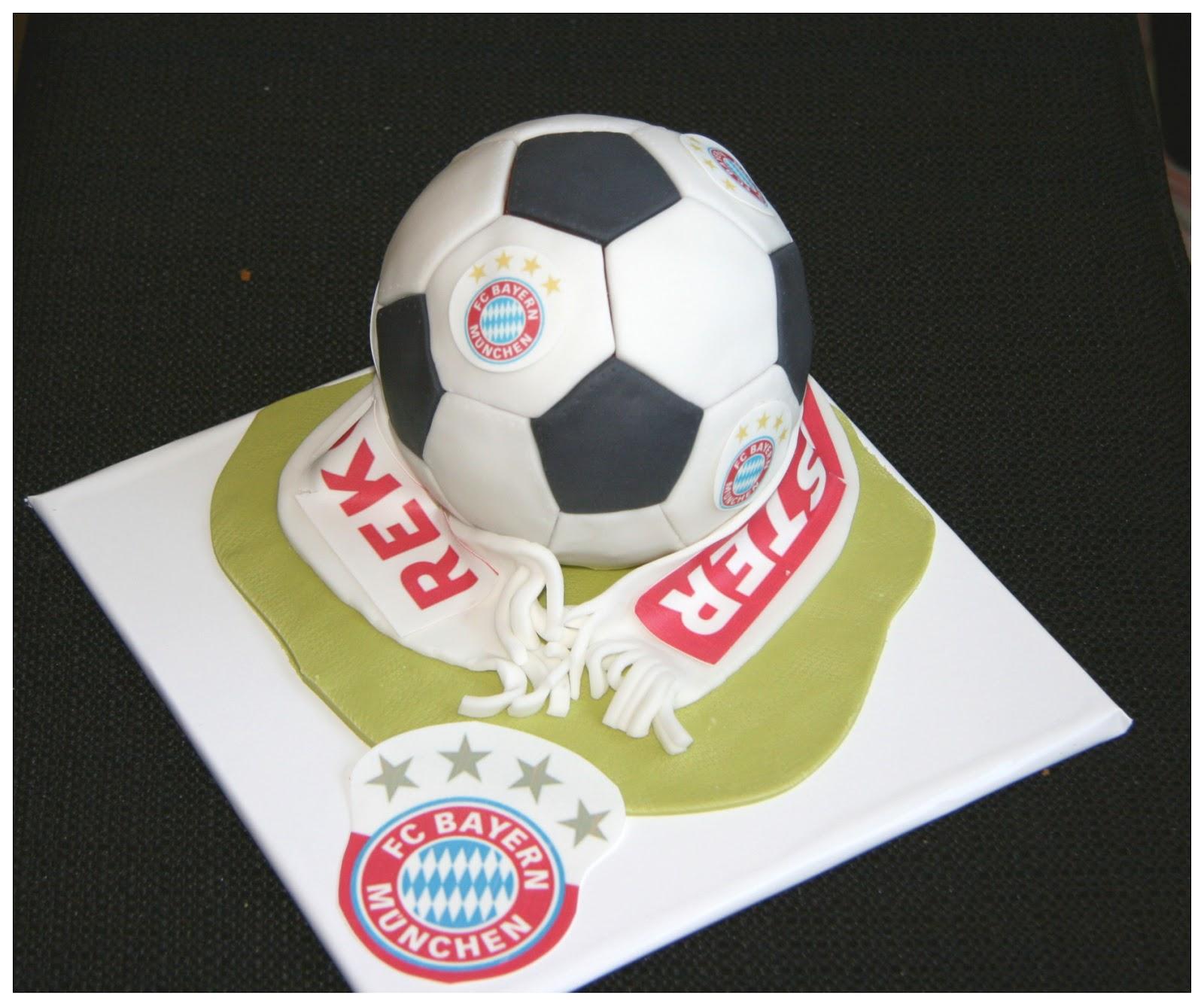 Sandi S Susse Welt Bayern Munchen Und Sc Freiburg Torte