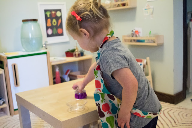 Montessori babies and Montessori toddlers love practical activities. These sorts of activities help to foster independence and make them an active member of the household. Here are 4 steps to introduce practical life activities babies and toddlers in your home.