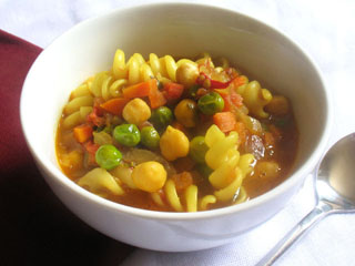 Tomato Soup with Pasta and Chickpeas