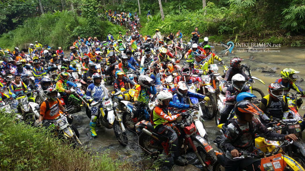 Pagi ini, Ribuan Offroader Ramaikan KODE#3 di Waduk Sempor
