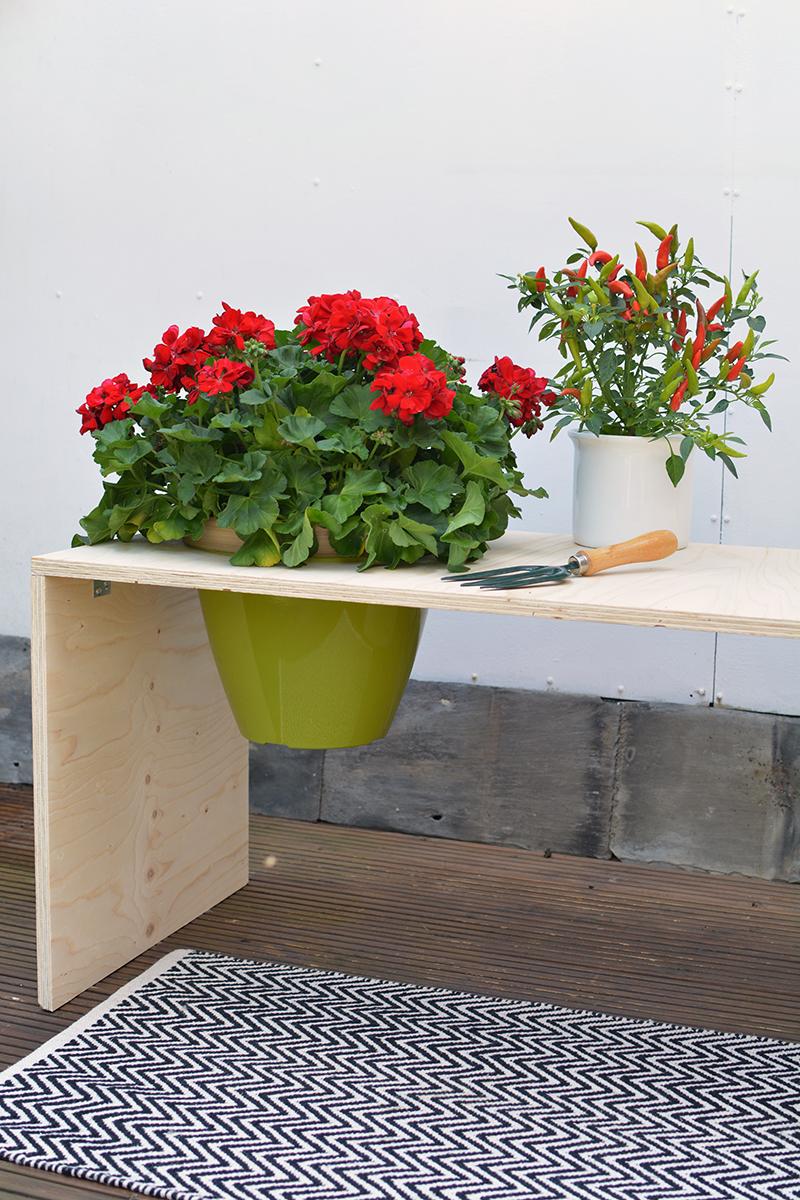 outdoor bench DIY