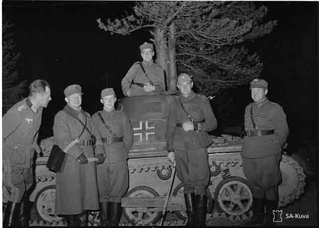 Finnish troops with a Panzer 1, 15 October 1941 worldwartwo.filminspector.com