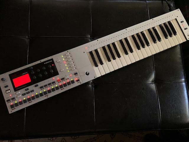 MATRIXSYNTH: Elektron Monomachine SFX-6 Keyboard