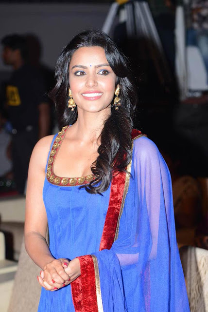 Priya Anand latest photos, Priya Anand latest pictures, Priya Anand latest stills, Priya Anand latest pics, Priya Anand legs pictures latest, Priya Anand lips photos, Priya Anand navel pics, Priya Anand smile,Top 10 most Beautiful Actress in Bollywood, Top 10 most beautiful actresses in South India, Top 10 most beautiful actresses in the WORLD, Top 10 Most Beautiful Hollywood Actresses,