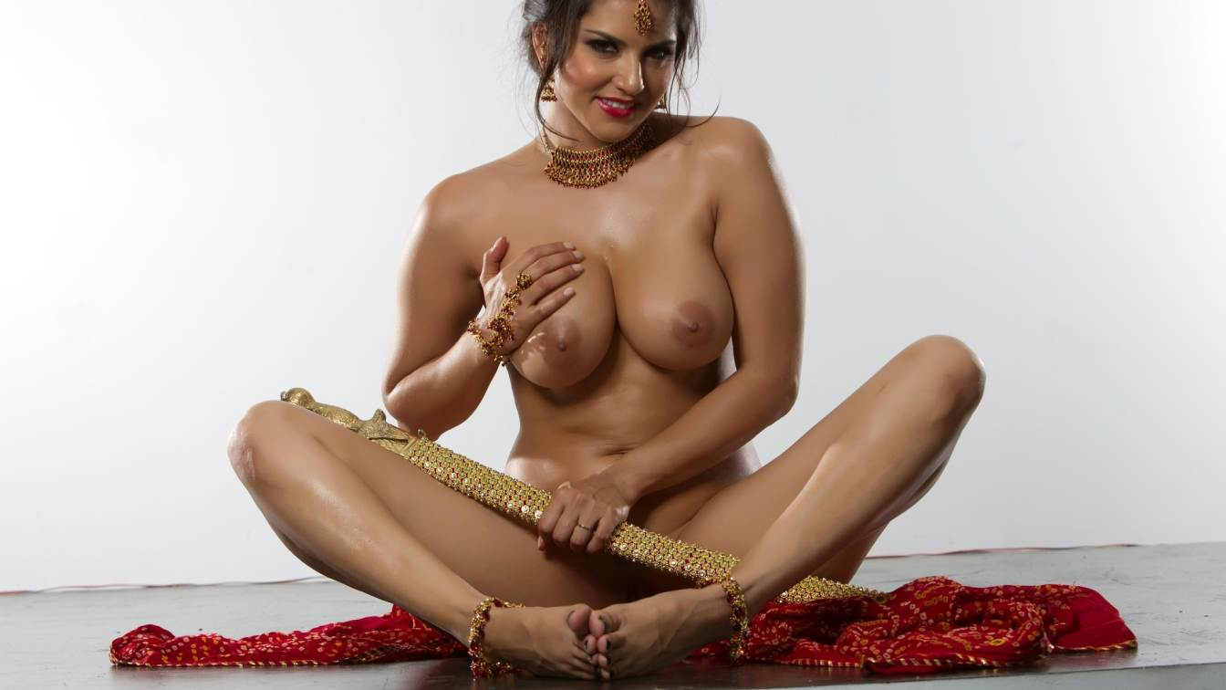 Actrice Sunny Leone nue Photoshoot - Le Fappening-9767