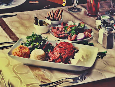 Pareri Meniu Libanez restaurant 1001 Nopti lounge bar Bucuresti