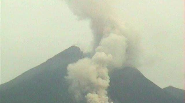 BREAKING NEWS! Gunung Merapi 5 Kali Luncurkan Awan Panas Pagi Ini, Warga Harap Waspada
