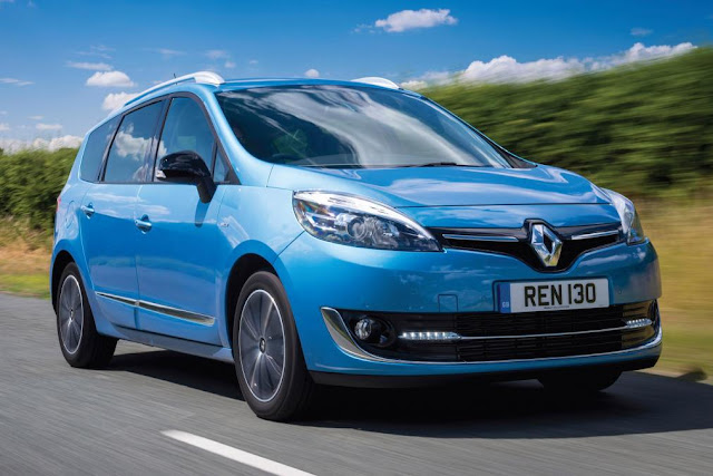 Renault Grand Scenic front view