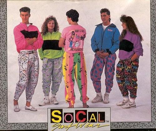 dde93f4c11 Em todas as pesquisas que fiz sobre a moda dos anos 80 a palavra mais  encontrada é exagero. Eu me lembro bem destes anos e confesso que não me  lembro de ...
