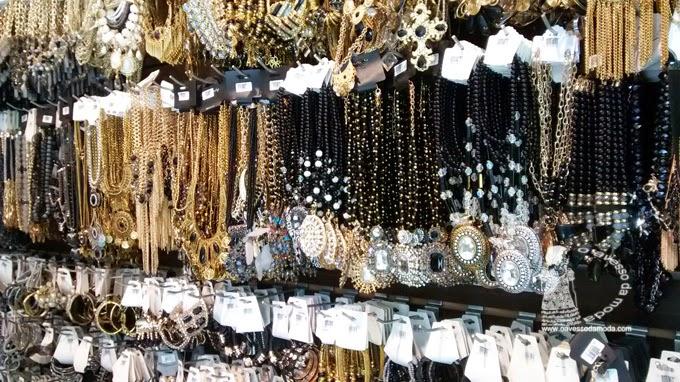 798d64fed3e76 oito lojas de moda e bijuteria que valem a pena conhecer na 25 de ...