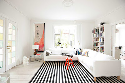 How to Make your Small Living Room Look Bigger with Fool the Eyes