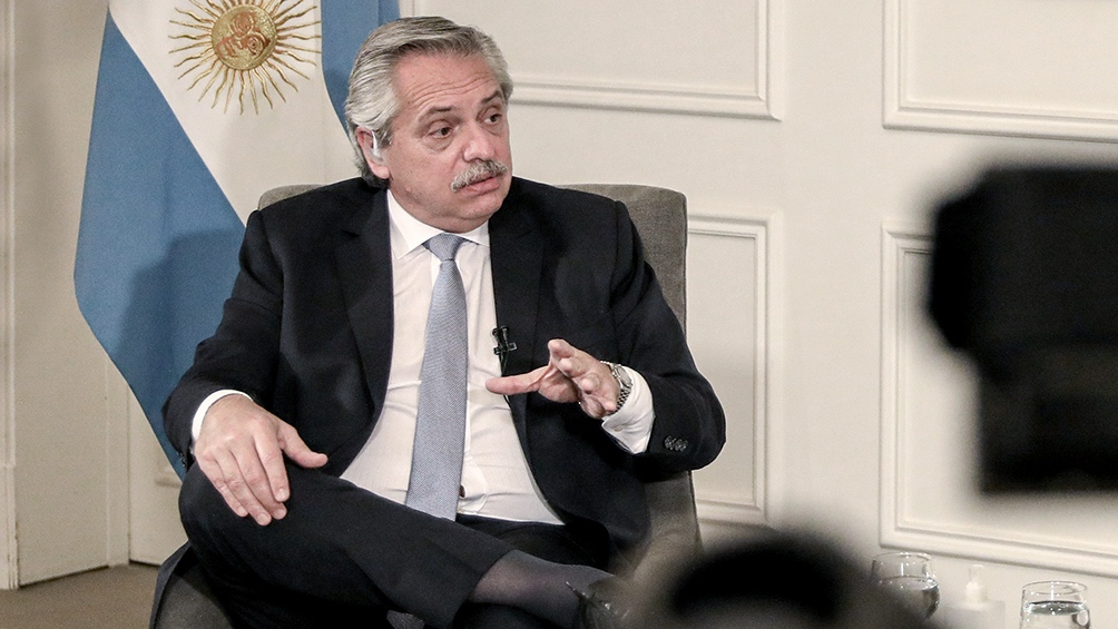 En el Día de la Armada, el presidente Alberto Fernández celebró la vocación de servicio