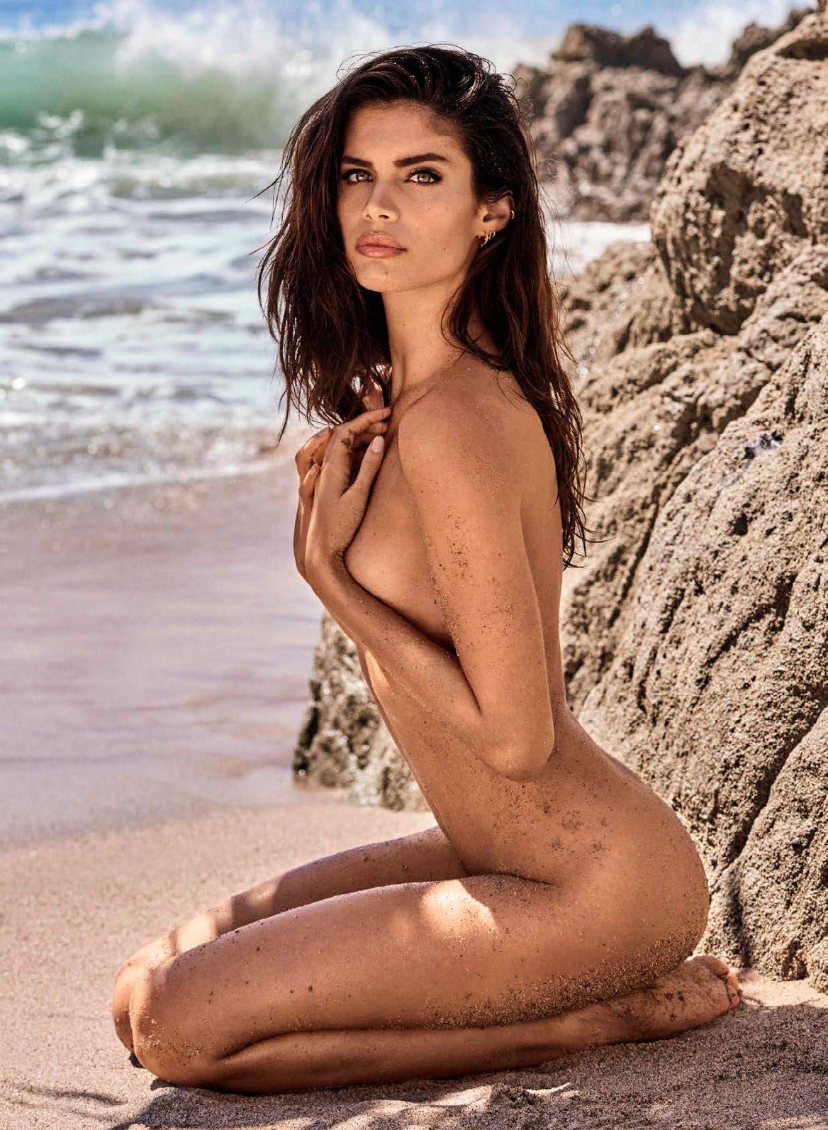 Sara sampaio naked