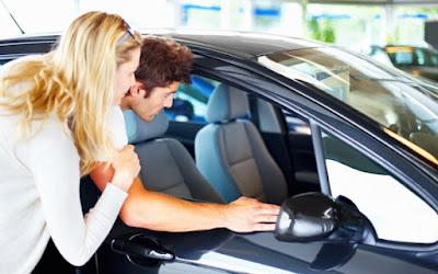 Membeli Mobil Bekas