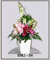 Bunga Meja Kombinasi