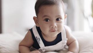 Deretan Nama-Nama Bayi Laki-Laki Selebritis Ini Sarat Makna