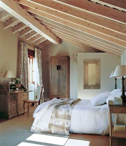 Double Rooms With Sloping Ceilings 3