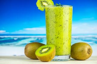 Eat kiwi for healthy skin