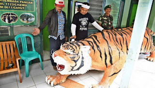 Patung Harimau Gagah