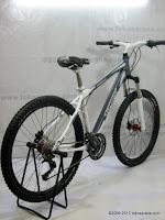 D 26 Inch Forward Trinx Damiano 4.0 HardTail Mountain Bike