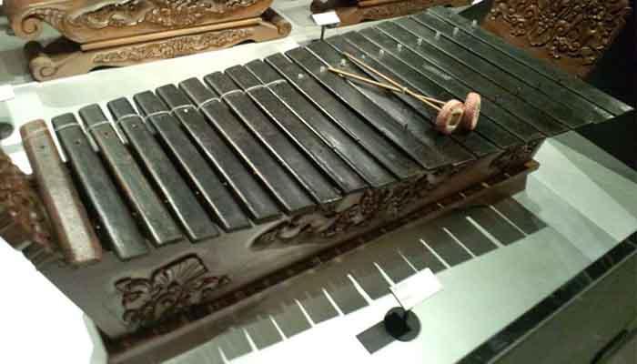 Alat Musik Gambang