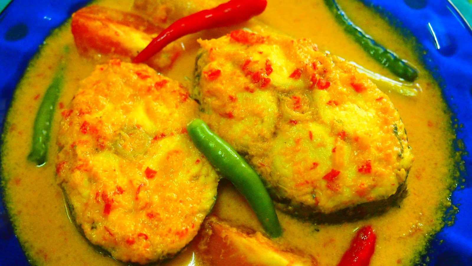MamaMia Kitchen: IKAN TENGGIRI MASAK LEMAK CILI API