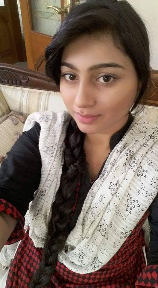 Kolkata Hot & Sexy Call Girls Pics: Beautiful Kolkata Call