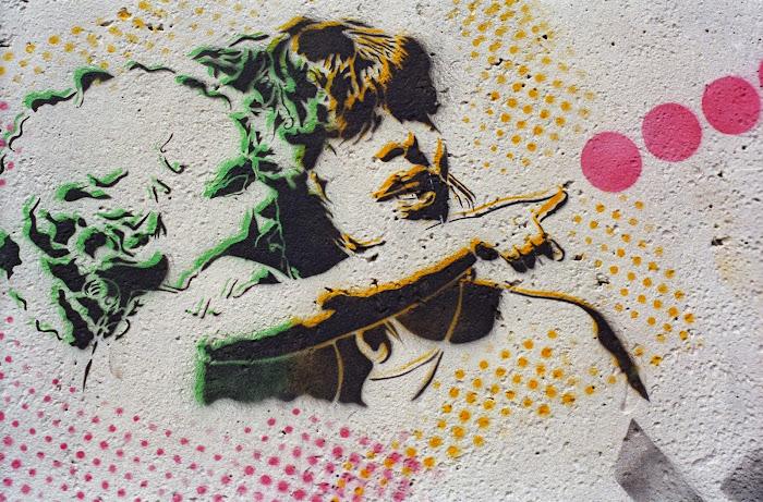 Berlin, mauer, mur, Checkpoint Charlie, graffiti, pochoir, © L. Gigout, 1990