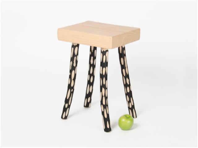Hoz stool by Diario