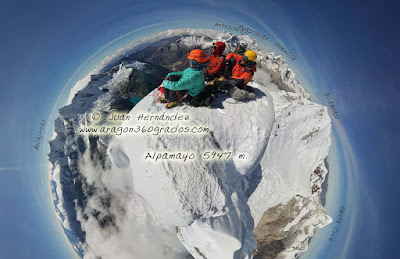 http://www.360climbing.com/alpacima/alpacima.html