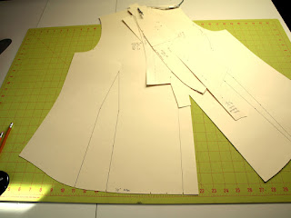 Recutting blouse pattern pieces out of tagboard