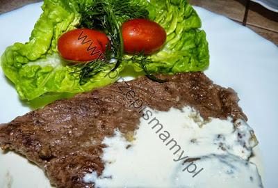 Sztuka mięsa w sosie chrzanowym