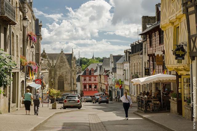 Josselin pueblos imprescindibles Bretaña diario viaje Francia