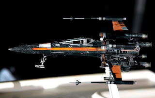 "Poe's X-Wing Fighter ""Star Wars: The Force Awakens"", Bandai Star Wars 1/72 Plastic Model"