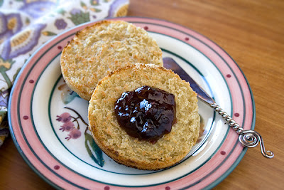Gluten-Free English Muffins are FODMAPs friendly