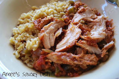 Slow Cooker Sweet and Spicy Chicken from Amee's Savory Dish featured on SlowCookerFromScratch.com