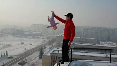 Indignó al mundo con esta fotografía y eludió la cárcel gracias a su esposa
