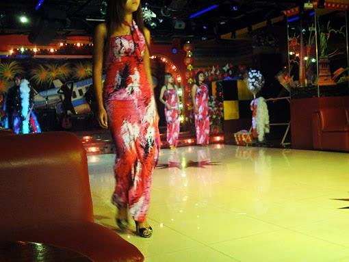 Nightclub girls show in Yangon