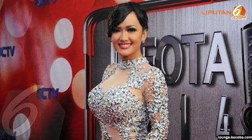 11 artis wanita indonesia dengan ukuran bra terbesar