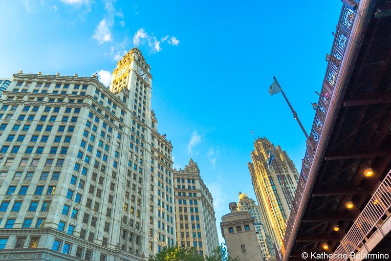 Wrigley Building and DuSable Bridge Girls' Weekend in Chicago
