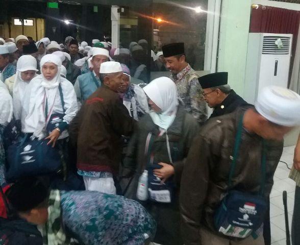 Demi Keamanan, Bupati Jemput Kepulangan Haji Ke Solo
