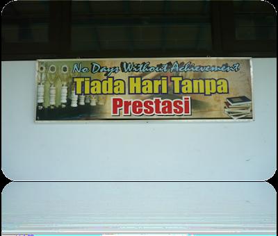 contoh slogan dan tempelan di sekolah pembentuk pendikar