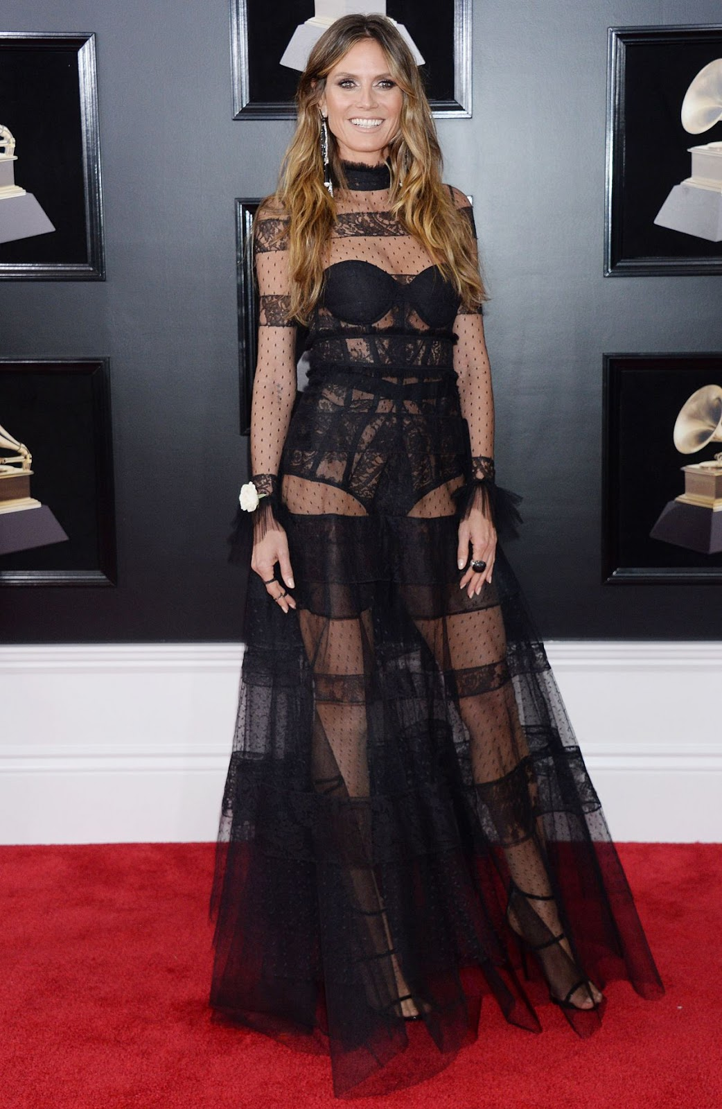 Heidi Klum bares lingerie at the 2018 Grammy Awards