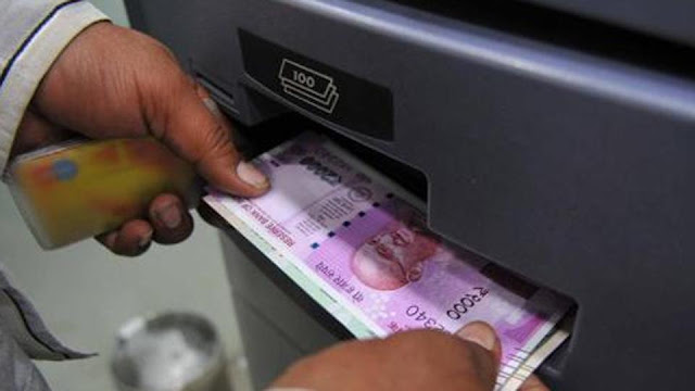 1 Demonetisation: From today, cash withdrawal limit for savings account is Rs 50K