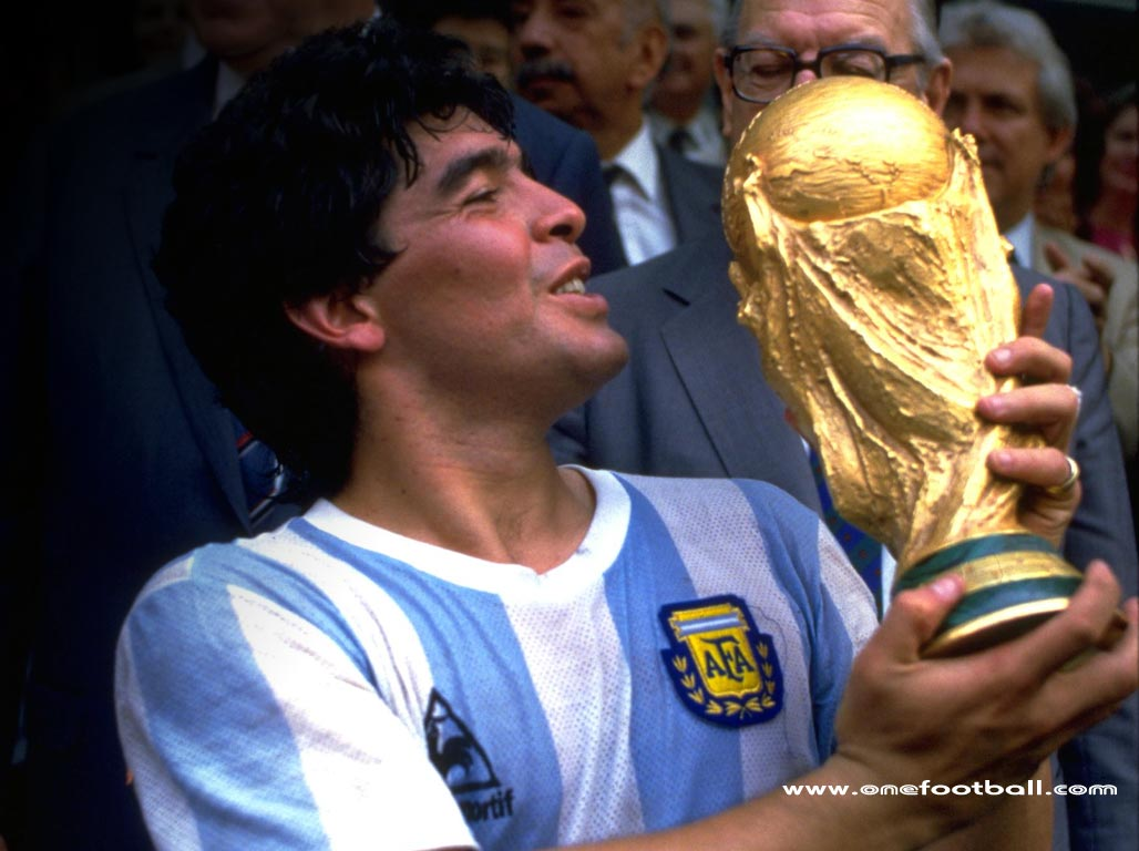 Cute Boy Babies Wallpapers Free Download Diego Maradona 2013 Sports Wallpapers Events