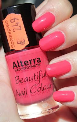 http://lacquediction.blogspot.de/2015/08/alterra-beautiful-nail-color-03.html
