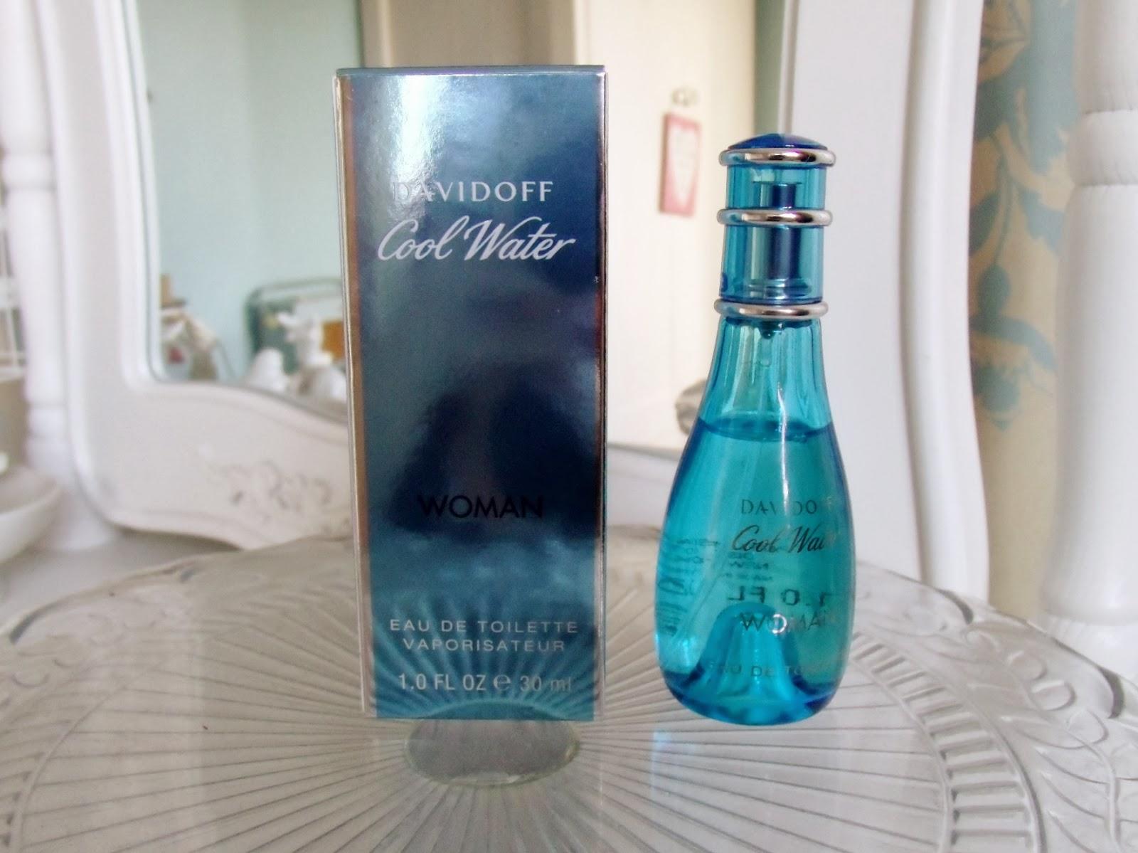 a45d0b25a66 12 Parfums die elk 15-jarig meisje in de puberteit droeg   Life ...