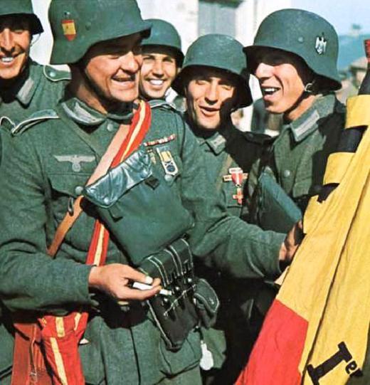 La División Azul, los españoles con los que Franco pagó la ayuda recibida de Hitler