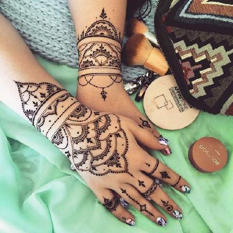 Exquisite Pakistani Mehndi Designs For Hands
